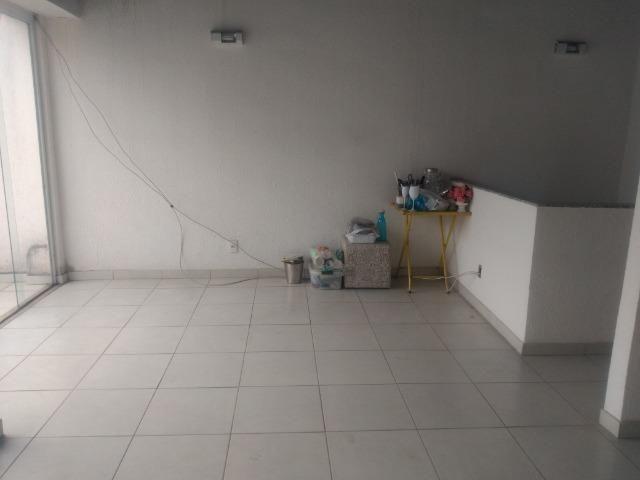 Tripléx 03 qtos 03 banh terraço garagem coberta churrasq. Centro Nilópolis RJ Ac carta! - Foto 3