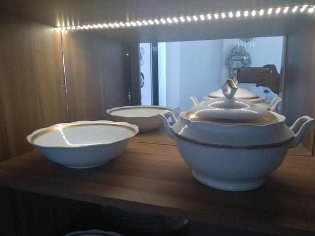 Conjunto de jantar de porcelana - Foto 3