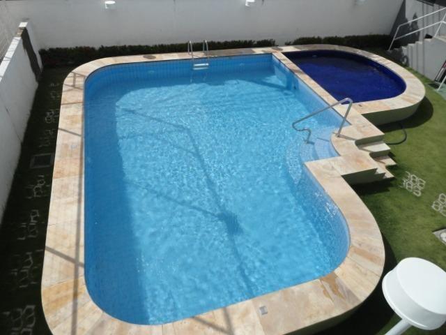 AP0259 - Apartamento 78m², 3 Suítes, 2 Vagas, Cond. Vivendas do Rio Branco, Centro