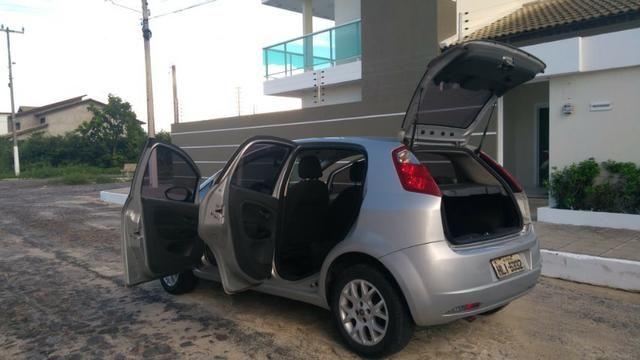 Fiat Punto ELX 1.4 2009/2010 Flex 8V, 5 portas, Cor prata - Foto 7