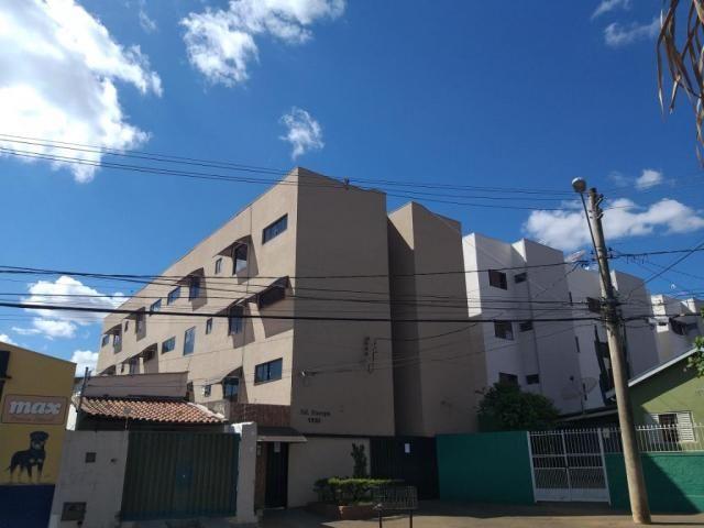 Apartamento com 3 dormitórios para alugar, 0 m² por R$ 700,00/mês - Estados Unidos - Ubera