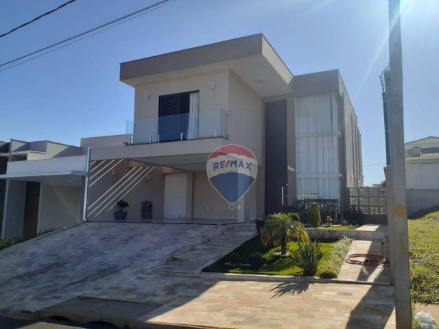 Sobrado com 3 dormitórios à venda, 215 m² por R$ 890.000,00 - Parque Residencial Mart Vill