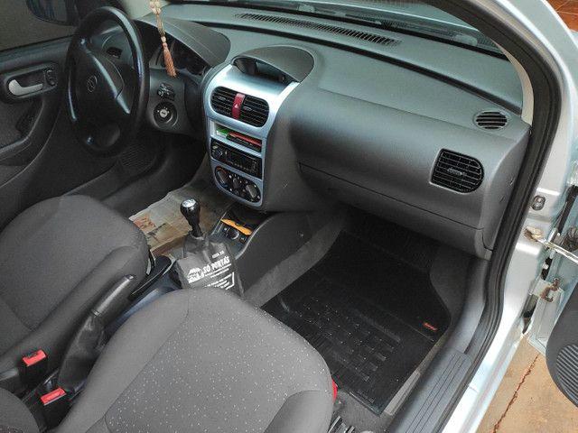 Corsa Sedan Premium 1.4 09/10 - Foto 5