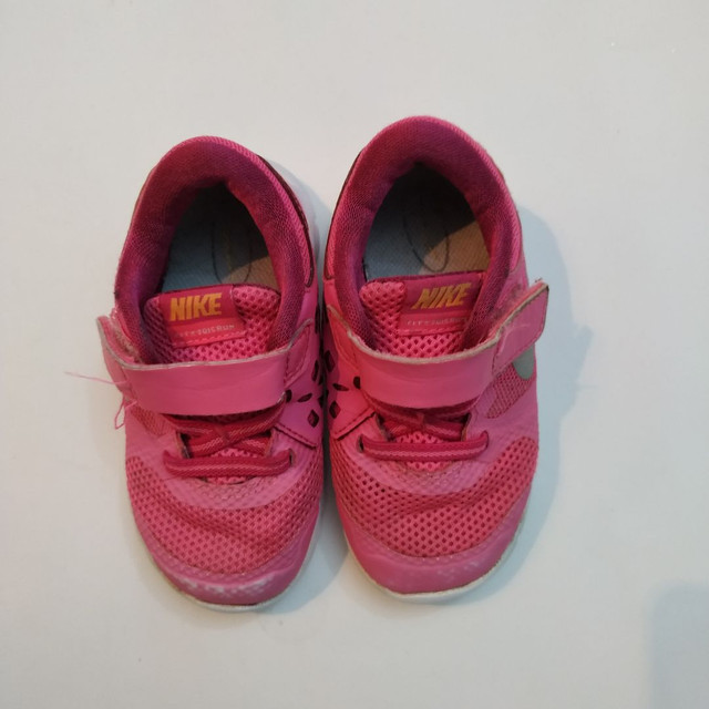 Nike infantil original tamanho 20 - Foto 3