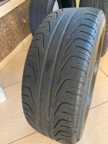 Pneus Pirelli R16