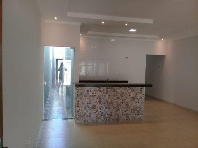 Casa 03 Quartos no J. Guanabara em Goiânia - Foto 2