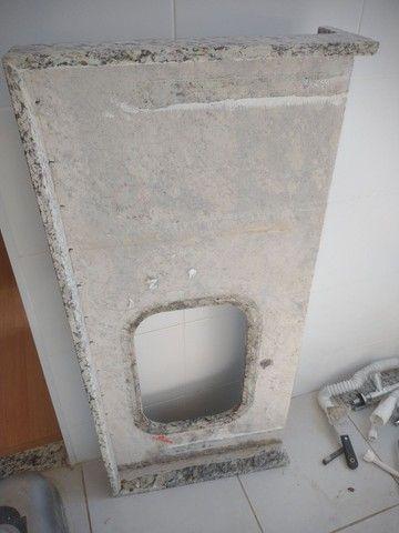 Pedra da pia de lavar louça e tanquinho - Foto 3