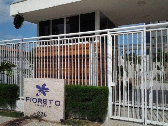 Alugo Excelente Apartamento no Edifício Fioreto - Foto 19