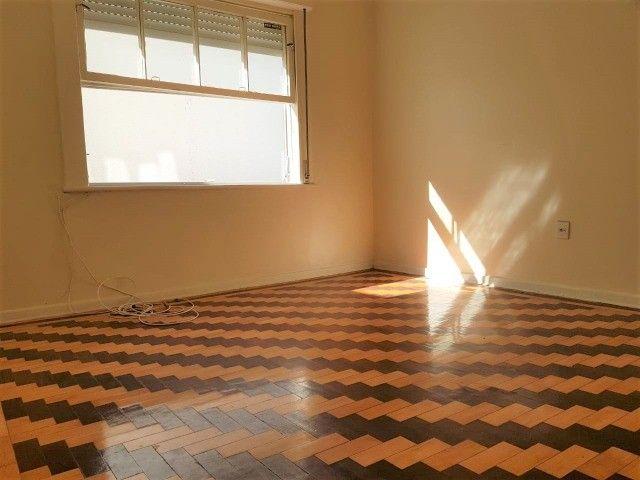 Ap 2 quartos, com churrasqueira, próx. Parcão do Moinhos de Vento  - Foto 4