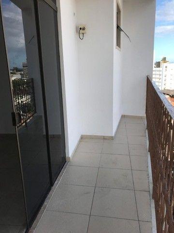 Alugo lindo apartamento de alto padrão. - Foto 9