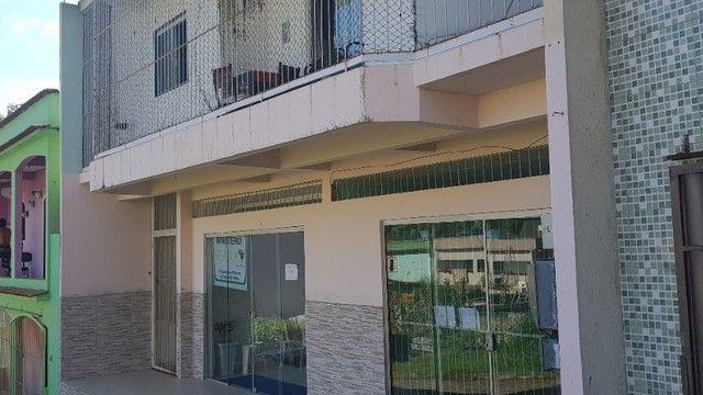 Ponto Comercial com dois apartamentos - Foto 3
