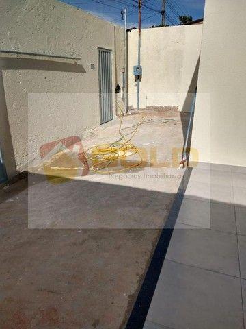 Casa para Venda em Uberlândia, São Jorge, 3 dormitórios, 1 suíte, 2 banheiros, 2 vagas - Foto 12