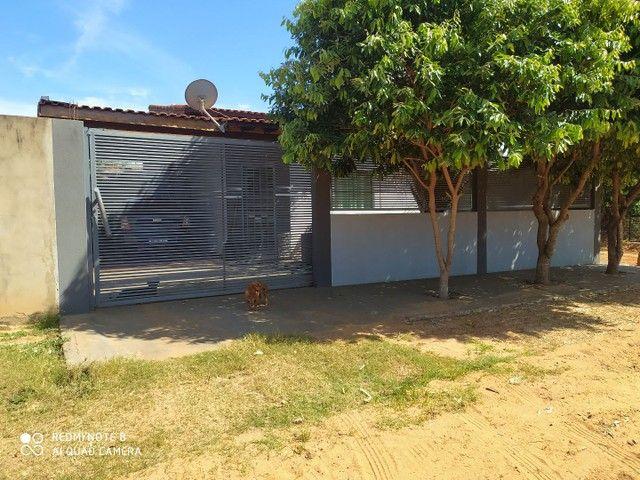 Vendo casa em Água Clara-MS
