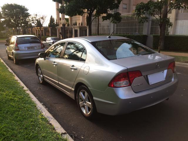 Honda / Civic Lxs Automatico 2008/2008 R$32.900,00