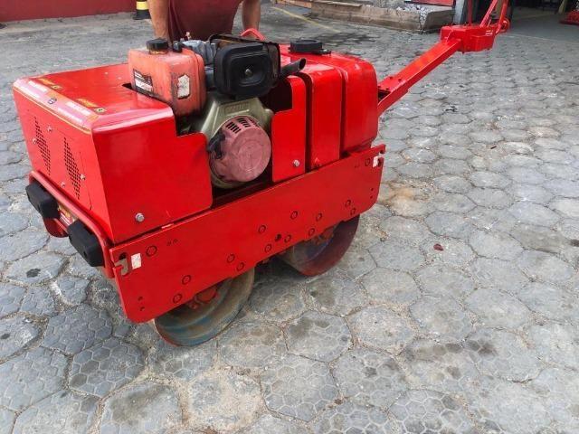 Rolo Compactador Reformado de 2 cilindros manual 750 - Foto 2
