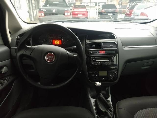 Fiat Linea Essence 1.8 16V - Foto 11