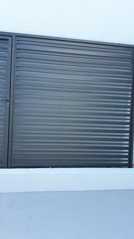 Vende se 1 portão de alumínio novo - Foto 2