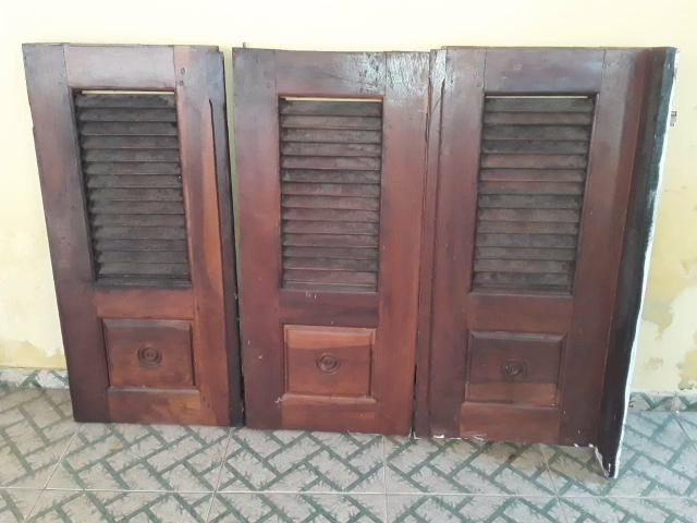 Porta e janela de madeira vai com as caixas também - Foto 2