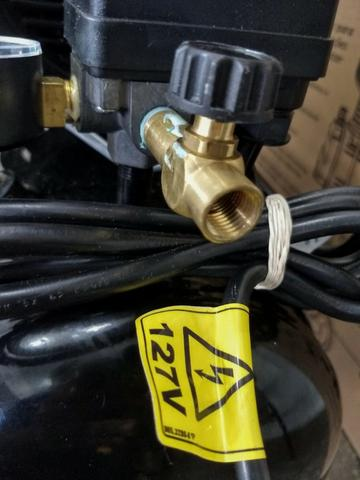 Compressor 2HP 120 Libras 25 Litros - Schulz - Foto 6