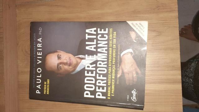 Vendo esse livro - Foto 2