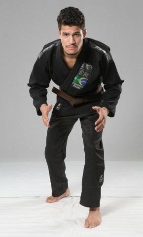 Kimono Jiu Jitsu Competidor (produtos novos) - Foto 6