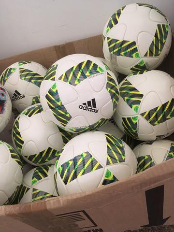 Bola Adidas Errejota Oficial - Esportes e ginástica - Morumbi 8642b174a7740