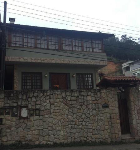 Casa c/3 Quartos no Castrioto