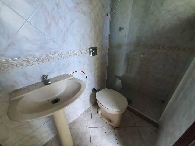 Casa duplex espaçosa de frente pra Rodovia 3 quartos churrasqueira  - Foto 12