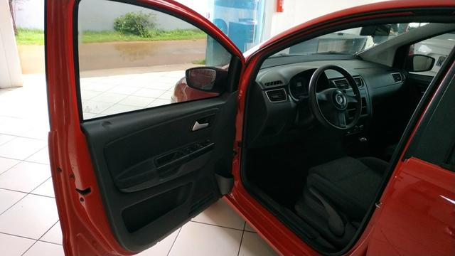 VW Fox 1.6 (2013) Completo - Foto 8