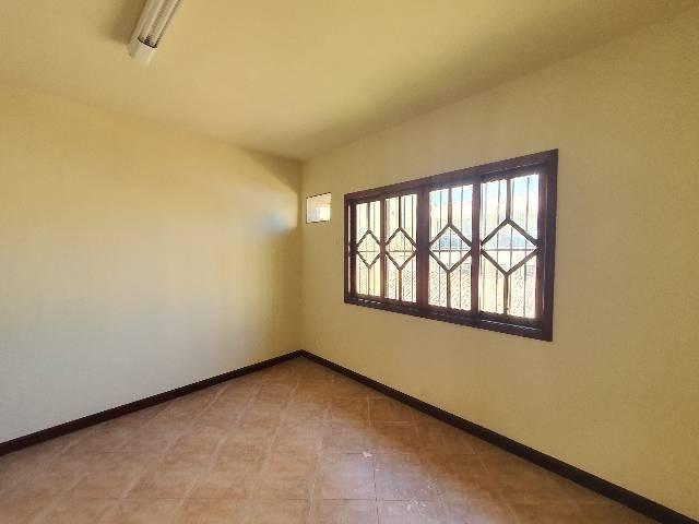 Casa duplex espaçosa de frente pra Rodovia 3 quartos churrasqueira  - Foto 9