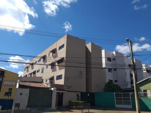 Apartamento com 3 dormitórios para alugar, 0 m² por R$ 700,00/mês - Estados Unidos - Ubera - Foto 10