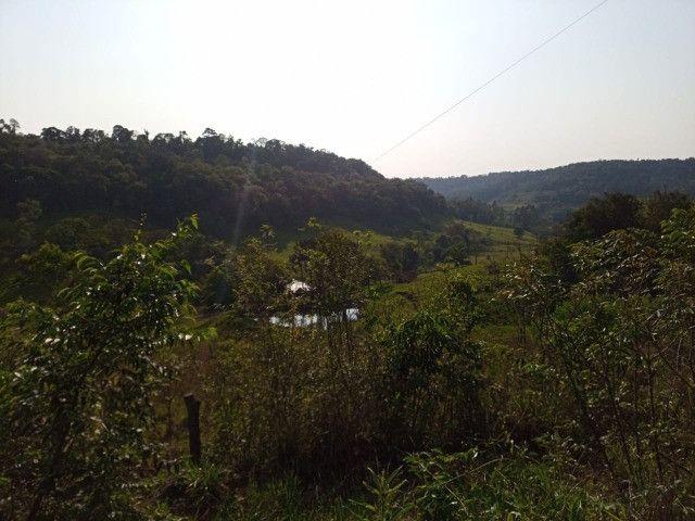 Vendo linda chácara no alto da montanha com vista para o Vale - Foto 13