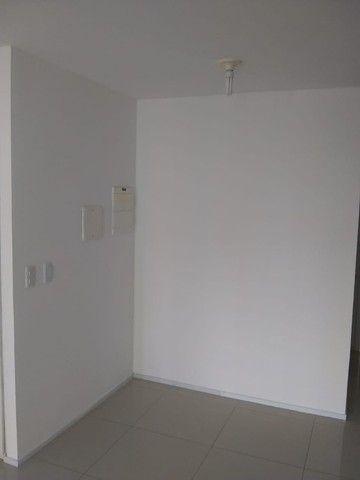 Alugo Excelente Apartamento no Edifício Fioreto - Foto 7
