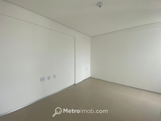 Apartamento com 3 quartos à venda, 82 m² por R$ 680.000 - Ponta do Farol - mn