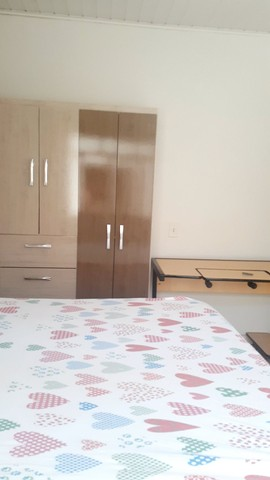Alugo quartos para rapaz mensal ou diária
