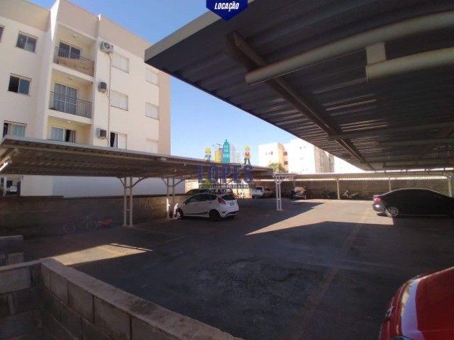Alugo apartamento 2 quartos semi-mobiliado no condomínio Monte Carlo.  - Foto 8