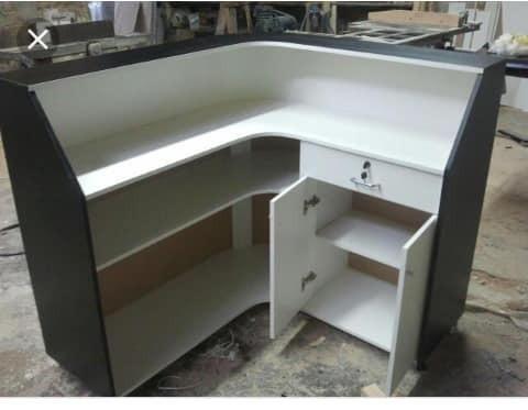 Mesa e cadeiras sem pintura . balcão pra açai e sorveteria e moveis em geral sob medida - Foto 6