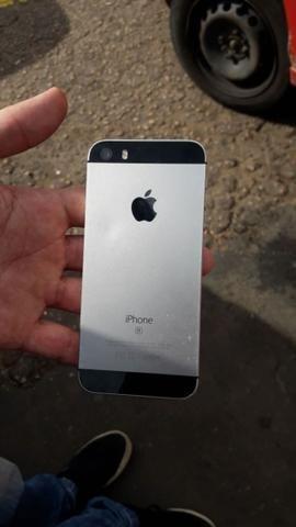 IPhone SE cinza 32gb