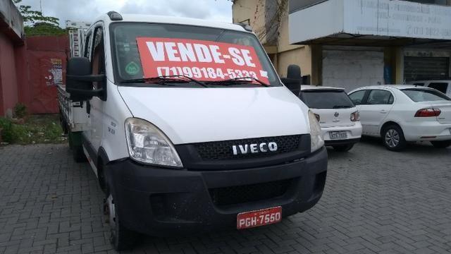 Vendo caminhão Iveco c55/17 12/13 cabine dupla com ar - Foto 8
