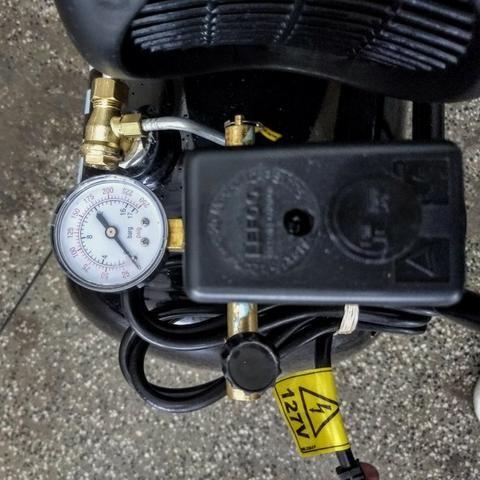 Compressor 2HP 120 Libras 25 Litros - Schulz - Foto 5