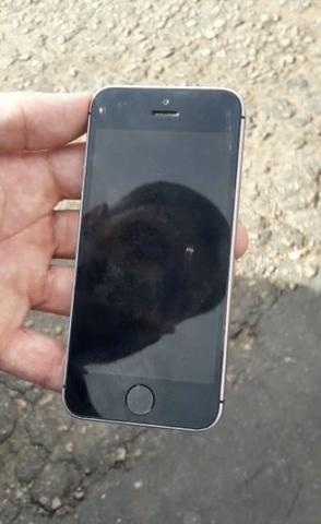 IPhone SE cinza 32gb - Foto 3