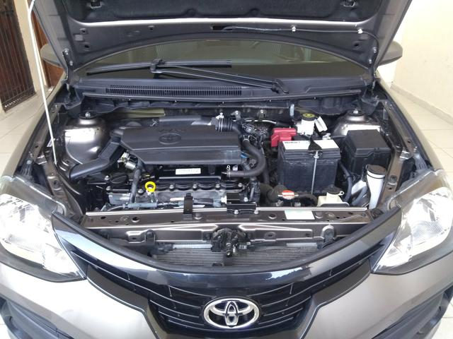 ETIOS Hatch X 1.3L Flex Manual 2019 - Foto 5