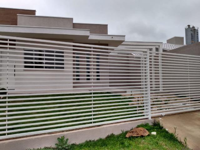 Excelente Residência de Esquina-Eucaliptos-Fazenda Rio Grande-PR. R$240.000,00 - Foto 4