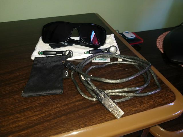 Óculos Oakley - FAÇO TROCAS ! SÓ CHAMAR ! - Bijouterias, relógios e ... 5ca23b2aea