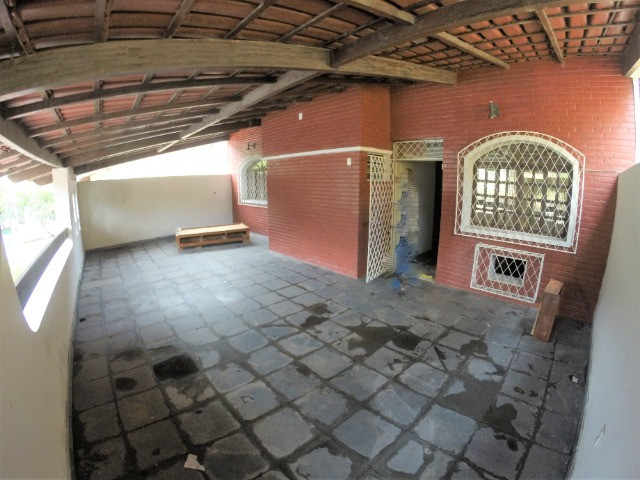Alugo Casa Comercial / Residencial em Jucutuquara com 387m² e 5 quartos - R$ 5.000 - Foto 19
