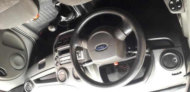 Vendo, carro Ford Ka em perfeito estado. Telefone: *(whatsApp) é * - Foto 6