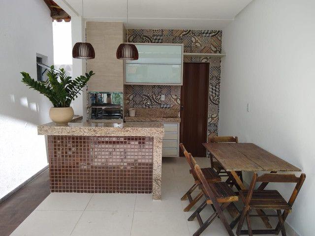 Casa em condomínio fechado, 3/4 um suíte c closet, piscina, área gourmet  - Foto 17