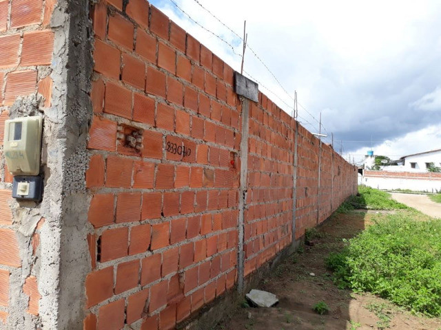 Vendo casa grande e barato em feira de santana, Bahia. sou do rio de Janeiro 55.000,00 - Foto 3