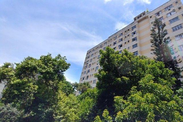 Alugo Apartamento Temporada Catete. Próximo Metrô, Centro. Silencioso, vista para jardim. - Foto 6
