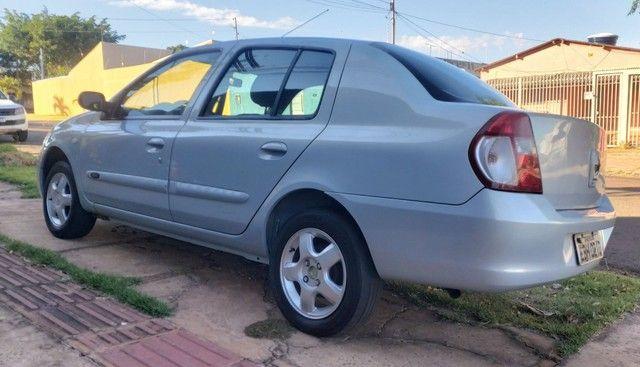 Clio sedan 1.6 08/09 - Foto 5